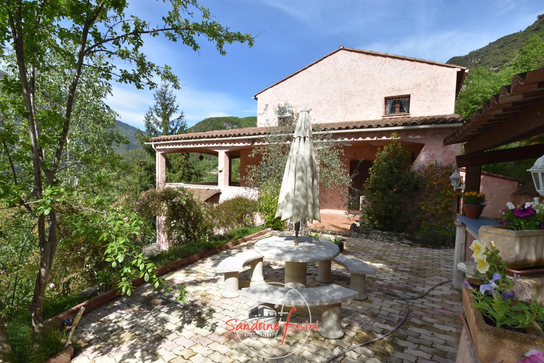 Vente villa individuelle d 39 environ 160 m avec 2 pi ces for Villa individuelle